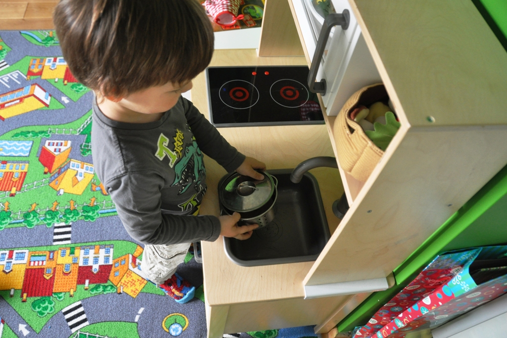 IKEA DUKTIG  Kuchnia do zabawy  Mamy Gadżety -> Kuchnia Ikea Dzieci