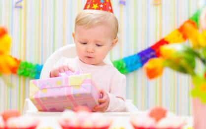 Co kupić dziecku na pierwsze urodziny?