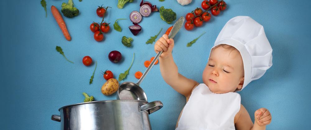 Rozszerzanie diety niemowlaka — czego nie podawać?