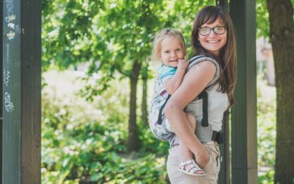 Jak wybrać nosidełko dla dziecka?