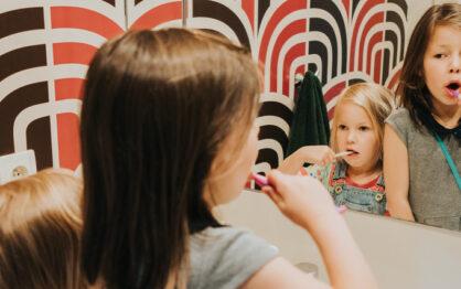 Jak dbać o zęby dzieci, czyli wszystkie nasze rodzicielskie zaniedbania!