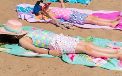 Poradnik Wakacyjny: Plażowy niezbędnik